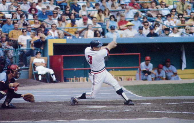 Killebrew swings (Source: Metrodome souvenir book, © 1982 MSP Publications, Inc.)