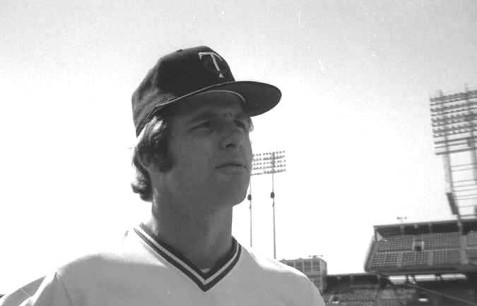 Photo Day: Pitcher Tom Burgmeier of the 1974 Minnesota Twins (Source: LP, 1974)