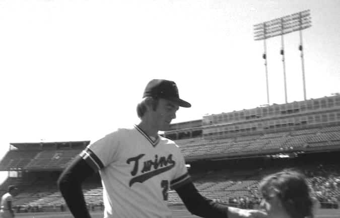 Photo Day: Pitcher Bert Blyleven of the 1974 Minnesota Twins (Source: LP, 1974)